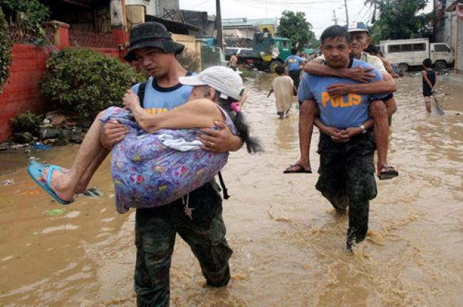 UN prepares aid as typhoon Haiyan hits Philippines