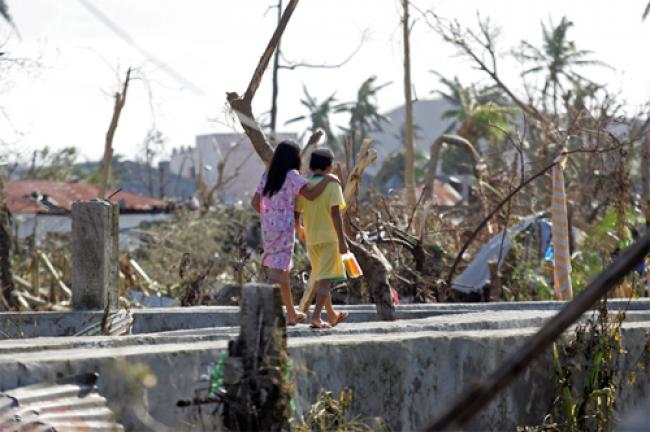 Philippines: UN urges long-term aid for typhoon victims