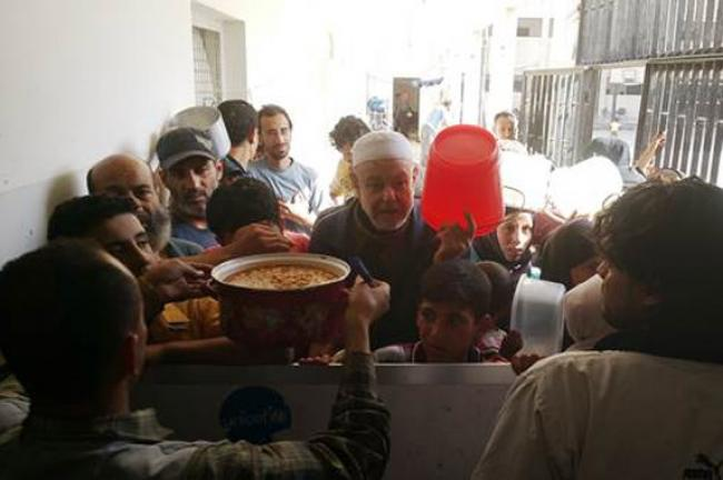 Syria: UN resumes aid distribution to civilians displaced from Yarmouk