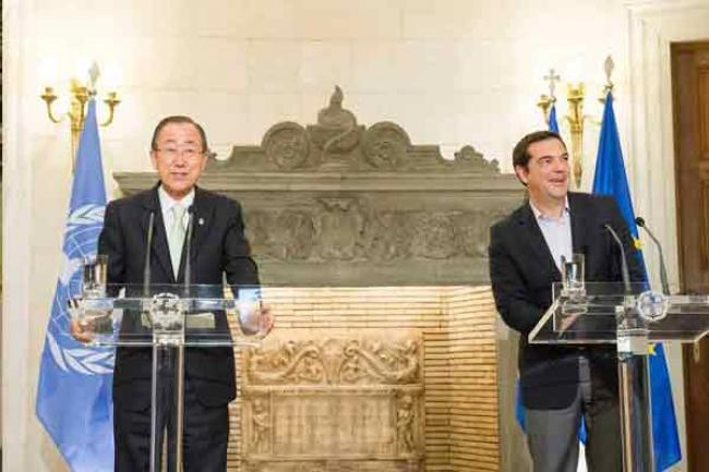 In Greece, UN chief urges global responsibility-sharing for welfare of refugees