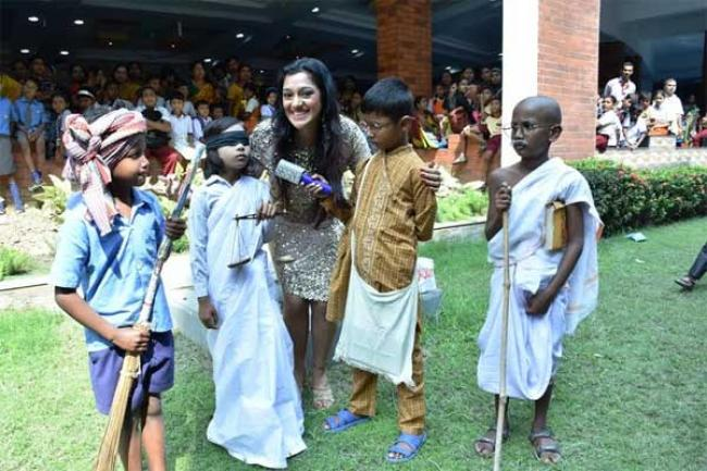 Globsyn Business School hosts fair for underprivileged children