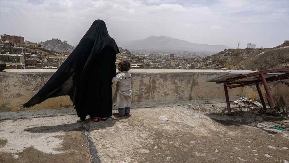 Yemen facing largest famine the world has seen for decades, warns UN aid chief