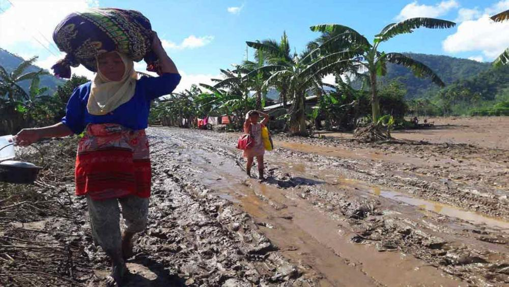 Field teams working 'around the clock' in wake of deadly storm in the Philippines – UNICEF