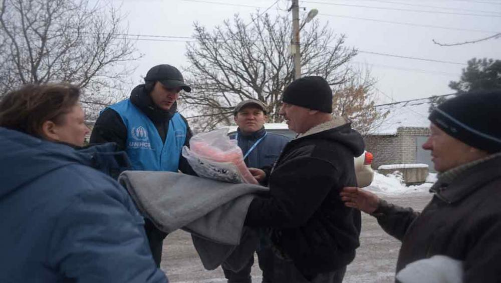 Ukraine: UN agencies stepping up aid to most vulnerable as temperatures plummet