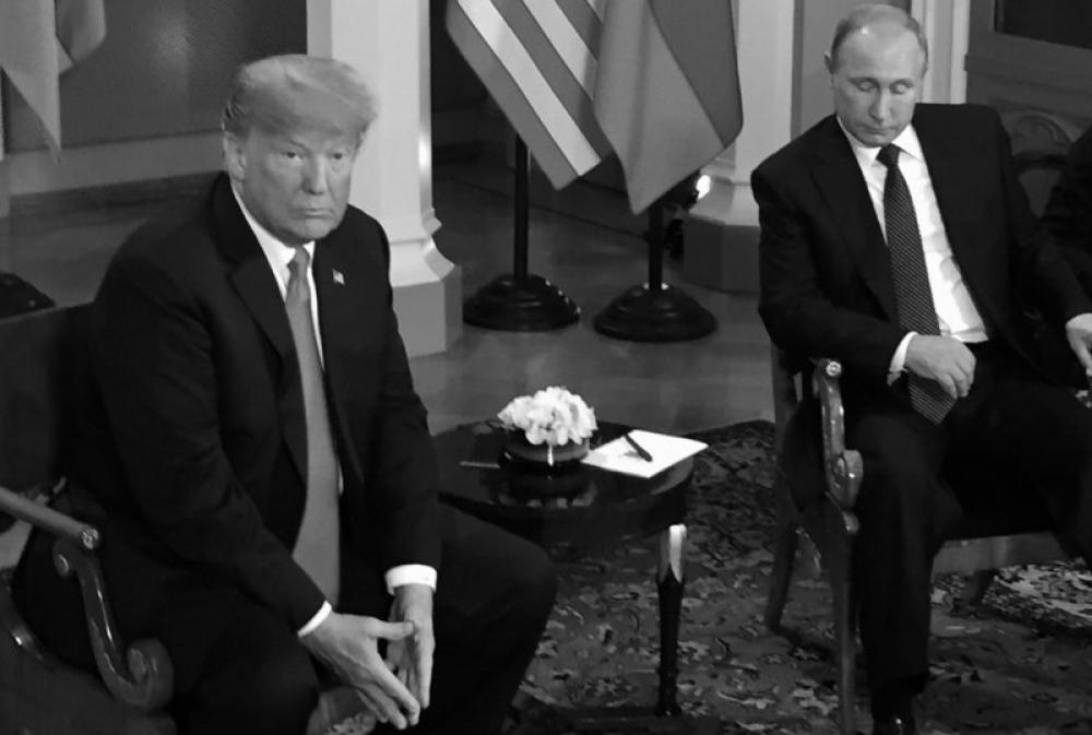 Donald Trump says he made a mistake during Helsinki meet, reverses Russia comment