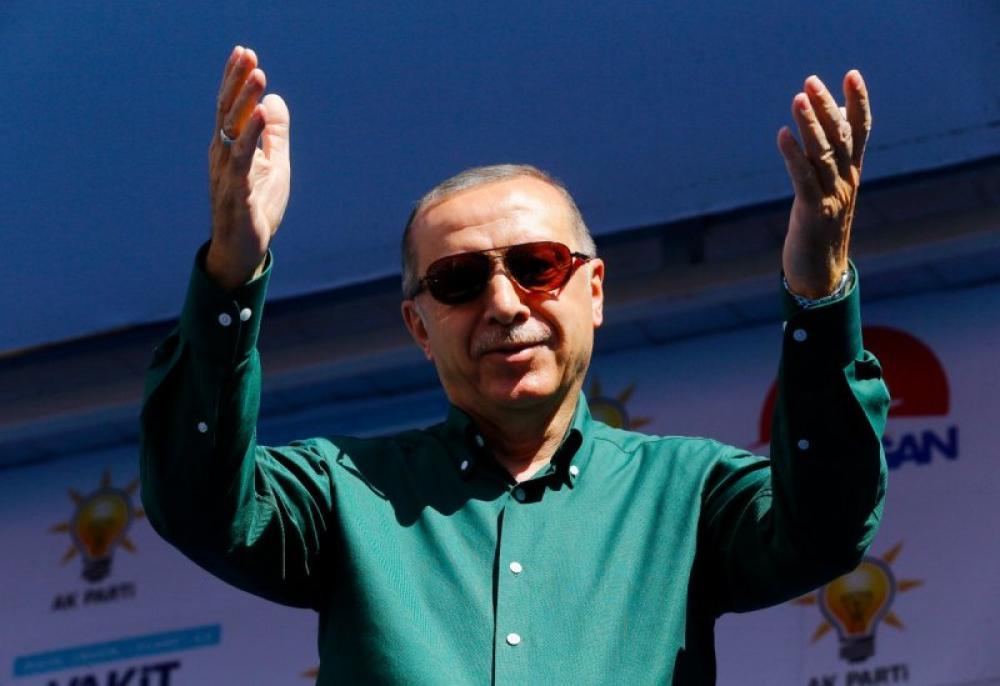 Erdogan order forces closure of Turkey's State Theatre