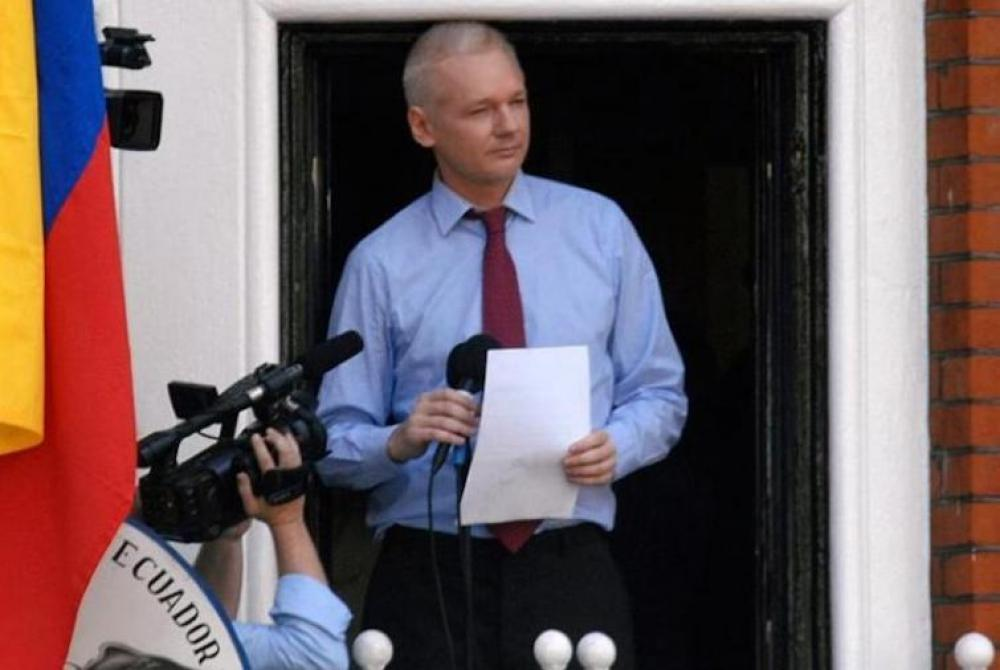 WikiLeaks: US justice department delivers Assange's extradition request to UK authorities