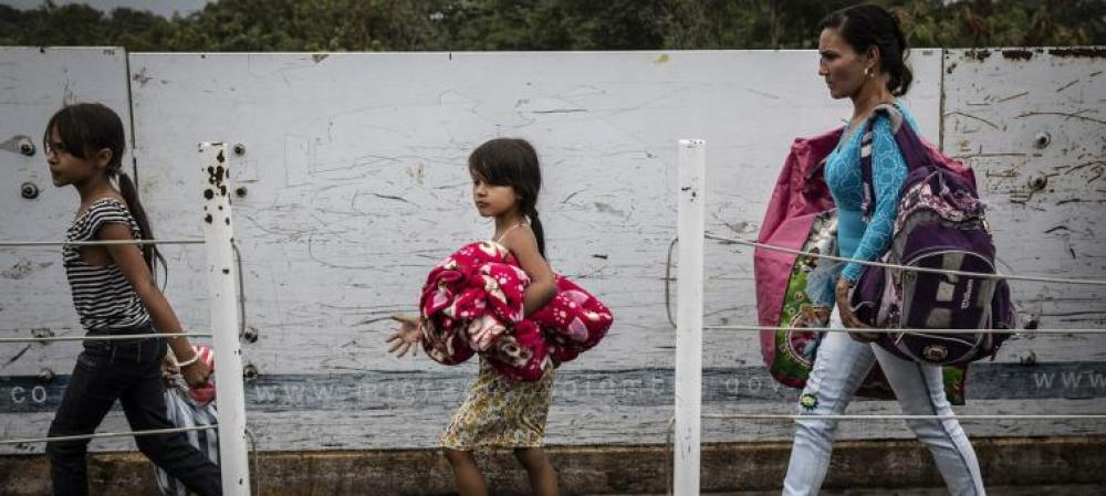 Venezuelan border returns to calm after intense day: official