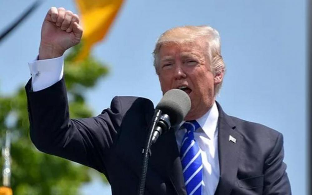 US President Donald Trump signsorder ending Hong Kong