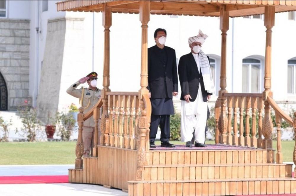 Pakistani PM Imran Khan visits Afghanistan to discuss peace talks, bilateral ties