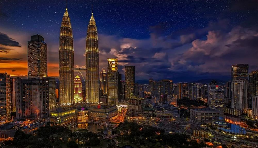 Malaysia unveils new stimulus package to counter COVID-19 impact