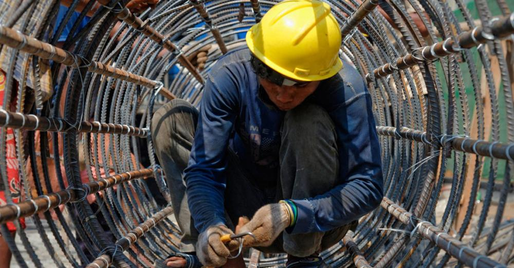 Nearly half a billion people can't find decent work; unemployment set to rise: new UN labour report