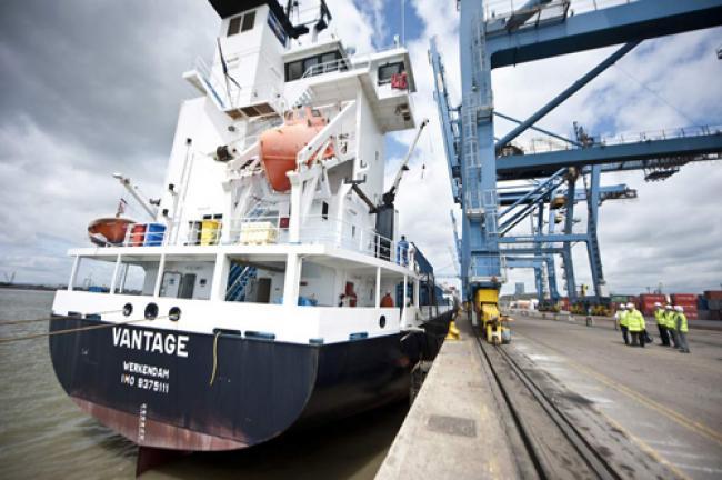 UN orders Russia to release Greenpeace protest ship