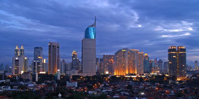 7.0 earthquake hits Indonesia