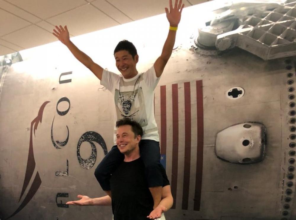 Space X names Japanese businessman Yusaku Maezawa as its first passenger to space