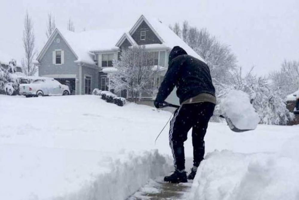 Extreme weather grips US, nine deaths reported