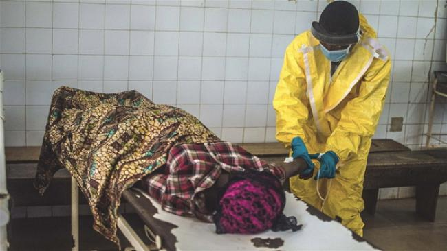 Ebola: UN health agency convenes ethical review of experimental drugs
