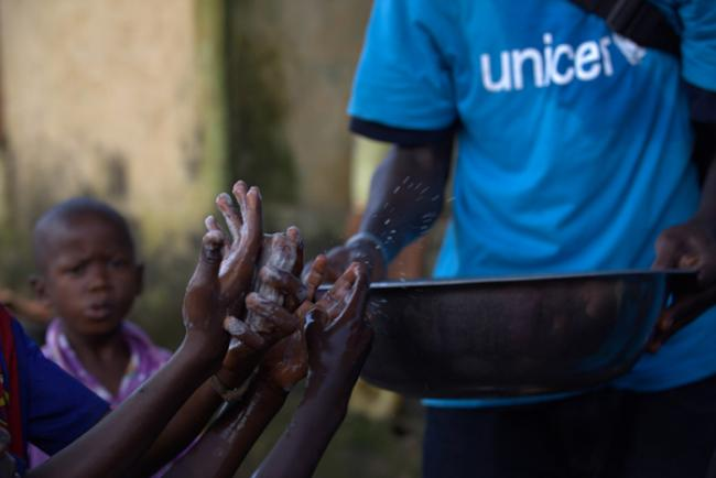 On World Day, UN spotlights handwashing as vital tool in fight against Ebola