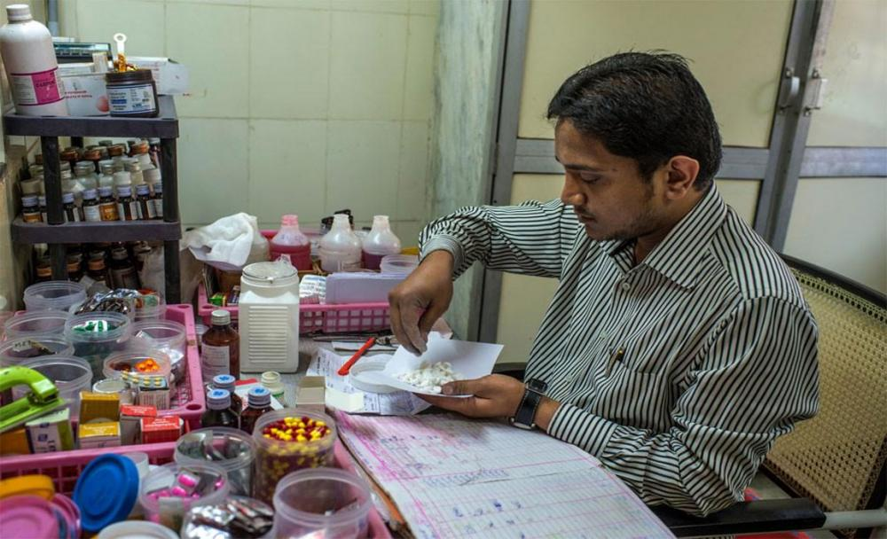 Medicines should help, not harm, says UN health agency launching global patient safety
