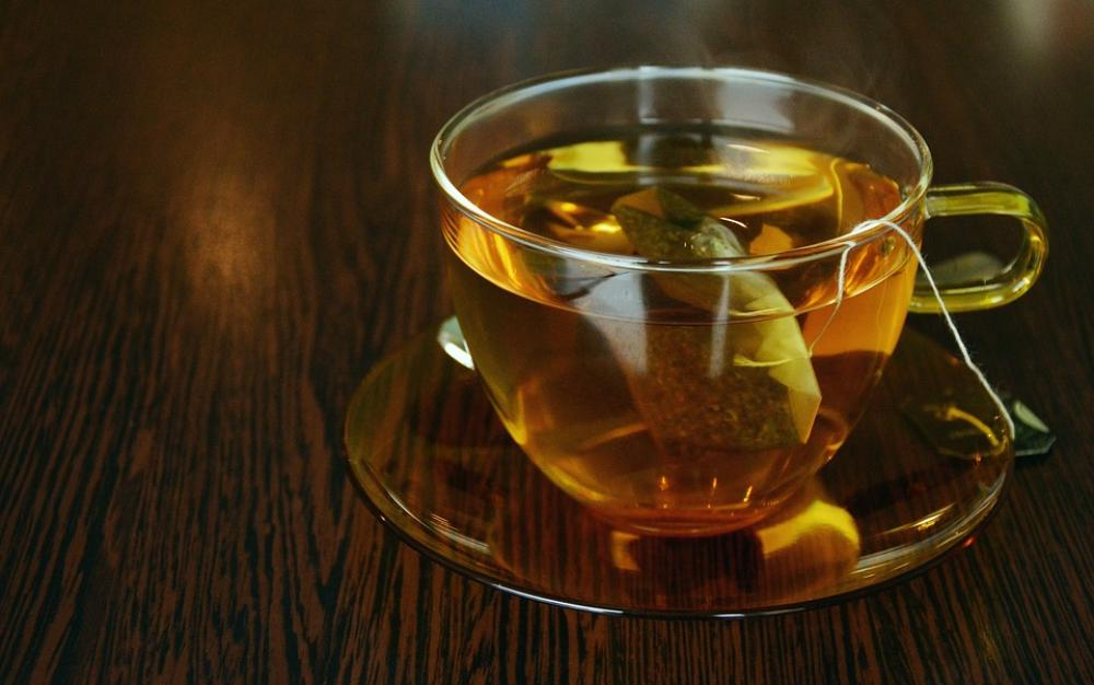 Plastic teabags release billions of microscopic particles into tea: Study