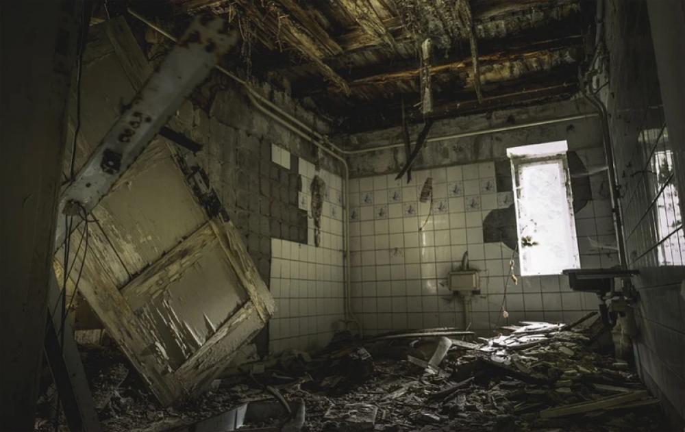 Mob vandalises Karachi hospital
