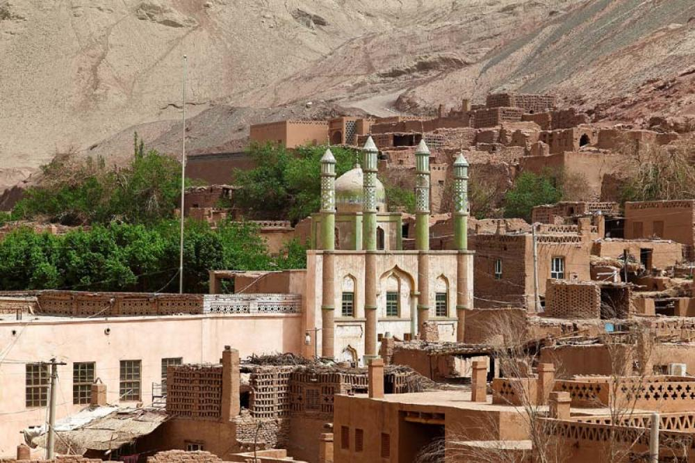 Xinjiang reports 14 new confirmed COVID-19 cases