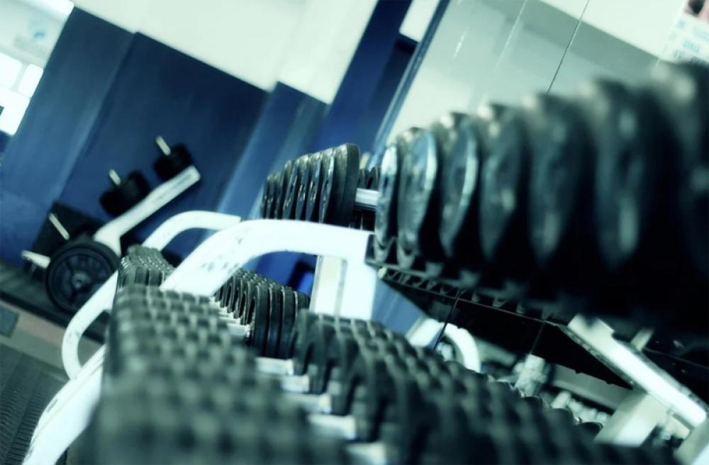Israeli govt closes bars, gyms after coronavirus spike