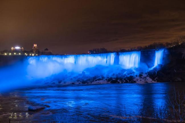 Niagara Falls unveils new LED-illumination to boost tourist experience