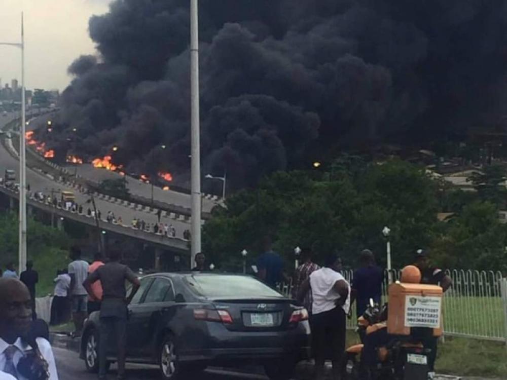 Nigeria: Oil tanker explosion kills 9