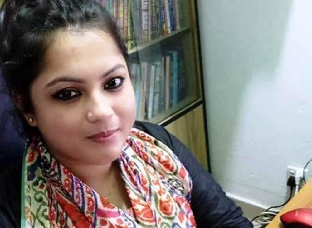 Bangladesh: Woman journalist hacked to death at doorstep of home