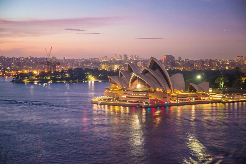 Sydney: Man arrested for stabbing woman