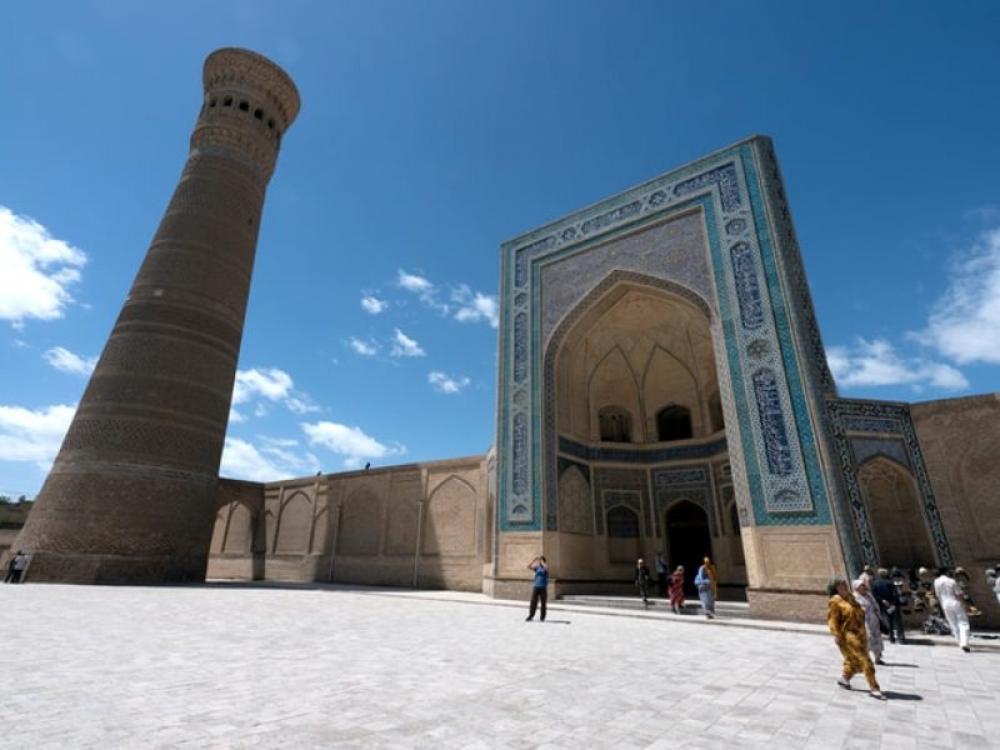 Uzbekistan to resume int