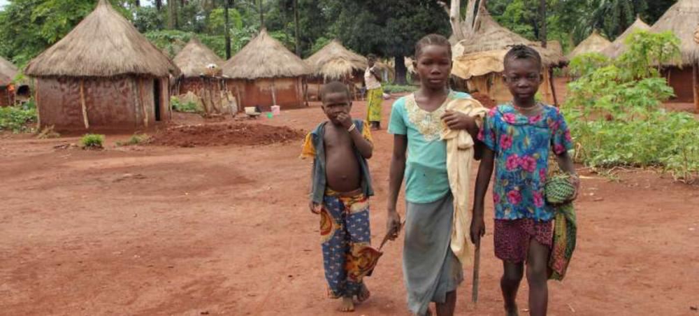 Central Africa Republic: Violence drives thousands of refugees into neighbouring DR Congo, says UN agency