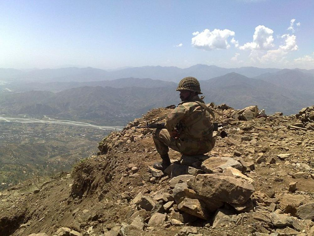 Pakistan: Security forces kill six