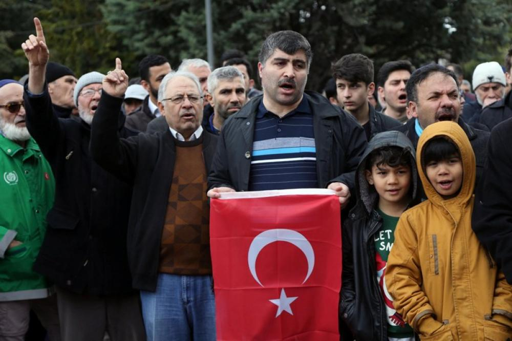 Turkish people condemn mosque attack in New Zealand