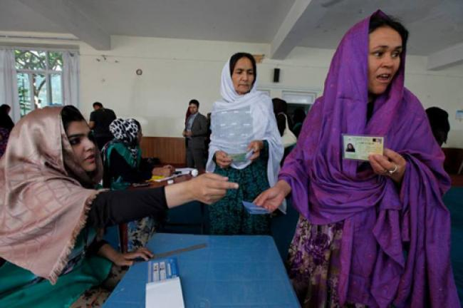 Afghanistan: UN urges respect for electoral processes as candidate questions run-off vote