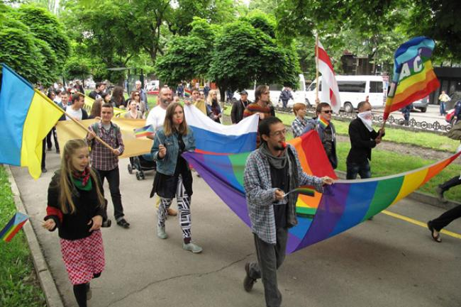 Ban says world must press ahead on equal rights for LGBT community