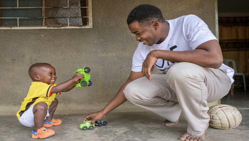 Ahead of Father's Day, UNICEF cites critical role fathers play in early childhood learning