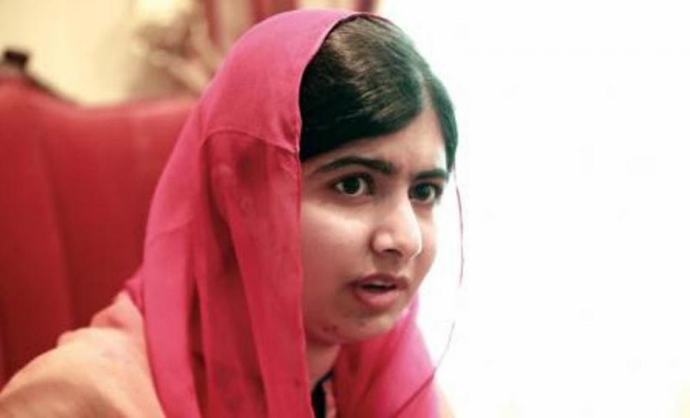 Rohingya crisis: Malala slams Myanmar govt, urges fellow Nobel laureate Suu Kyi to take steps