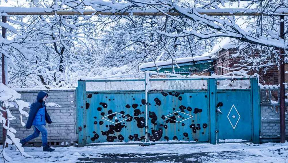 Deadly war weapons endanger lives of over 220,000 children in eastern Ukraine – UNICEF