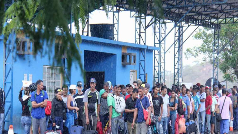 UN agency issues refugee protection guidance for thousands of Venezuelans fleeing crisis-torn country