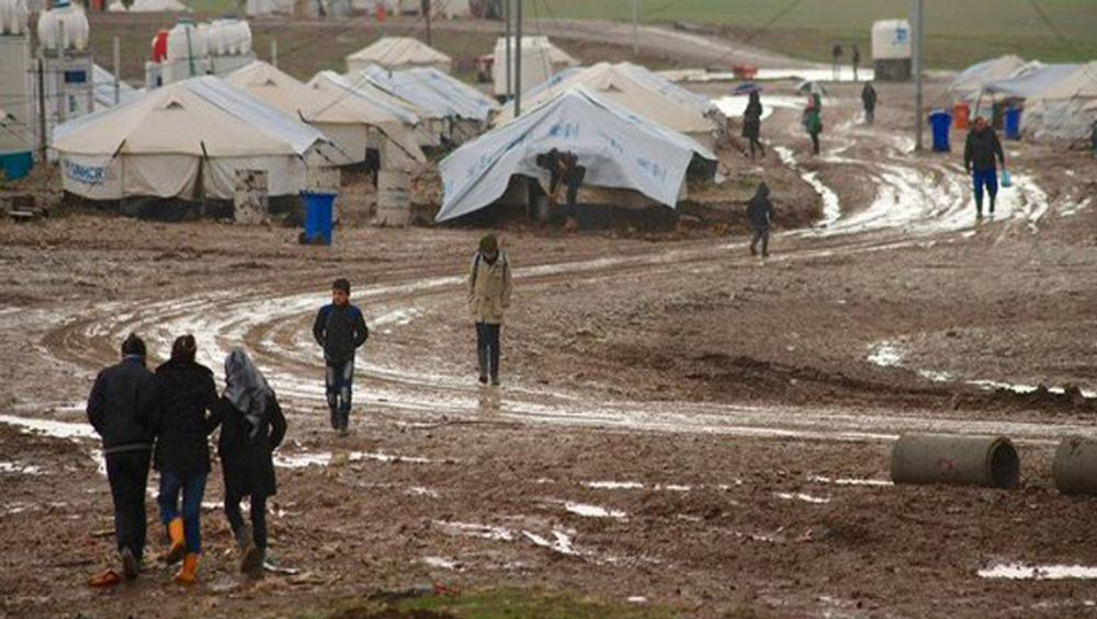 Iraq: Over 150,000 children endangered by 'freezing' temperatures, warns UNICEF
