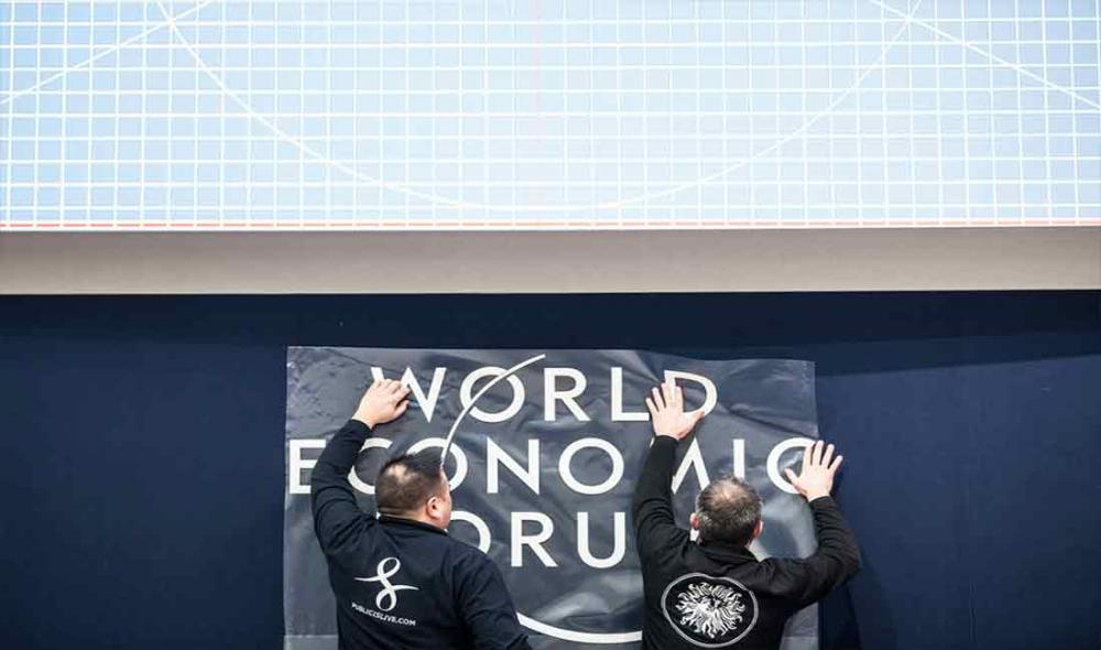 Bring human rights to discussion tables and into decisions at Davos, UN experts urge