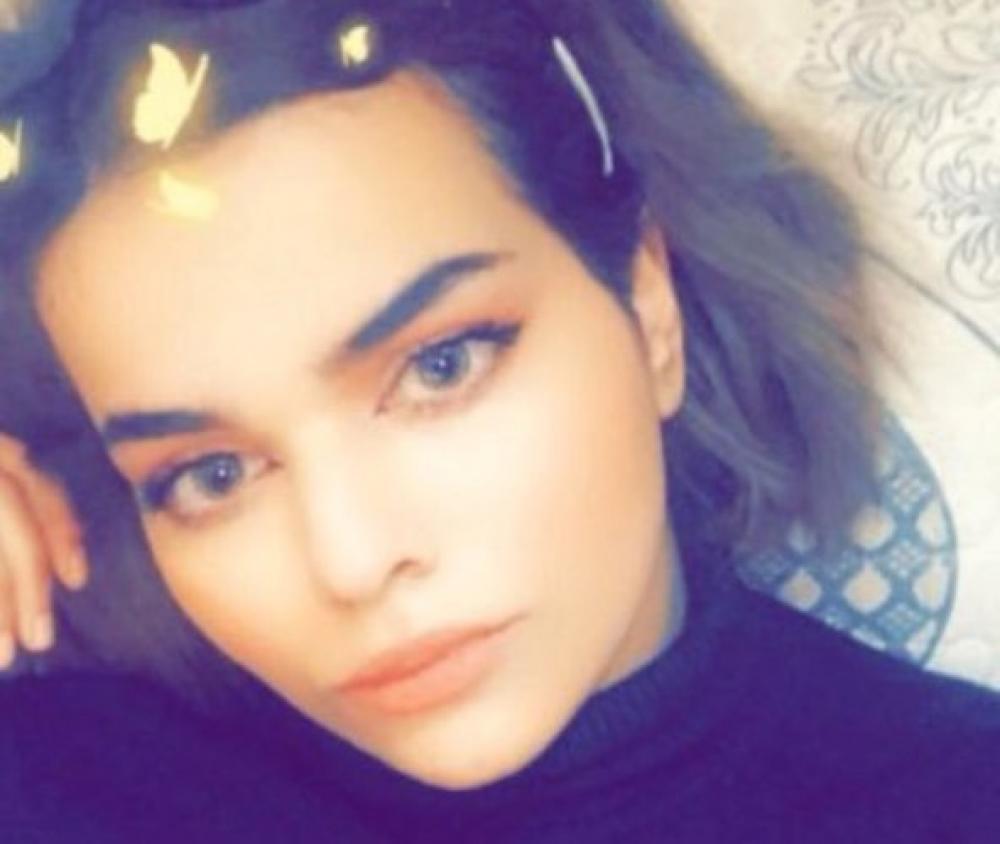 Saudi teenager Rahaf al-Qunun ends Thai airport hotel standoff