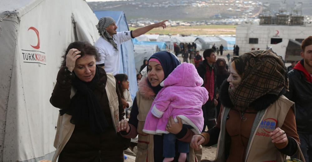 As children freeze to death in Syria, aid officials call for major cross-border delivery boost