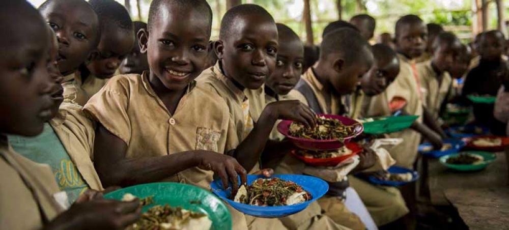 COVID-19: Prioritize school meals in plans to reopen classrooms, UN report says